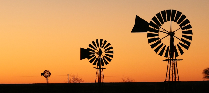 Windmill-in-sunset-South-Africa