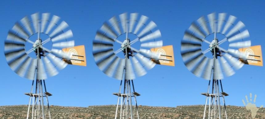 Karoo wind mills
