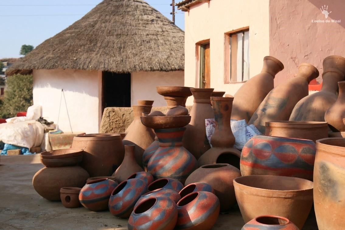 Venda pots by Florah Randela Mukhondeni village Limpopo