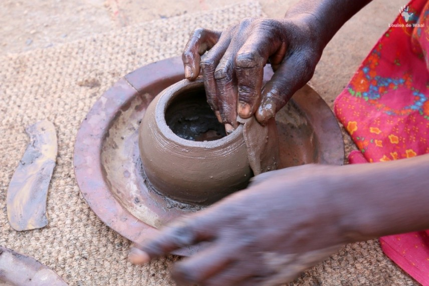 Venda pot making on Ribola Art Route Limpopo
