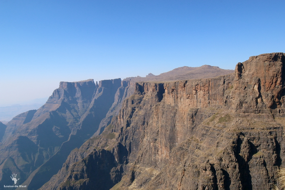 Amphitheatre view Chain Ladder hike Drakensberg